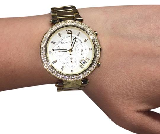 Preload https://img-static.tradesy.com/item/8158813/michael-kors-gold-watch-0-3-540-540.jpg