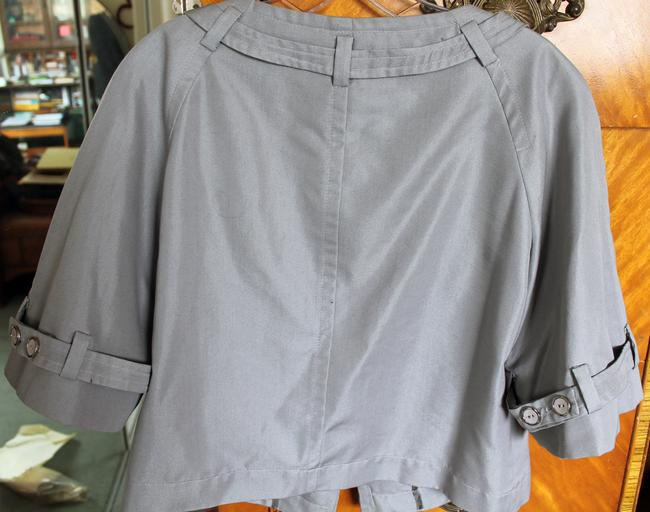 Trina Turk 3/4 Sleeve Cropped Lt. Grey/Silver Jacket