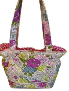 Vera Bradley Elastic Side Design Removeable Bottom Insert For Washing Shoulder Bag