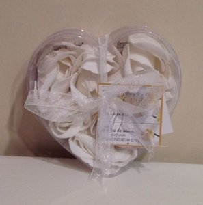Body Luxuries Ivory/White Orchid Soap Petals Other