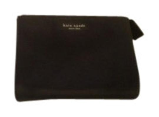 Preload https://item2.tradesy.com/images/kate-spade-black-make-up-cosmetic-bag-8171-0-0.jpg?width=440&height=440