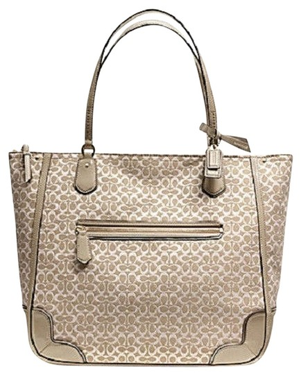 Preload https://item5.tradesy.com/images/coach-poppy-signature-beige-purse-khaki-light-fabric-with-leather-trim-tote-817184-0-0.jpg?width=440&height=440