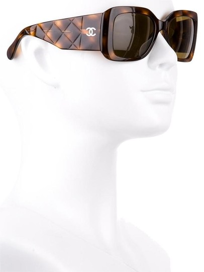 Chanel 5019 CC Logo Quilted Tortoise