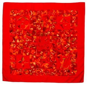 Louis Vuitton Red silk Louis Vuitton LV monogram oversized printed square scarf Lage New