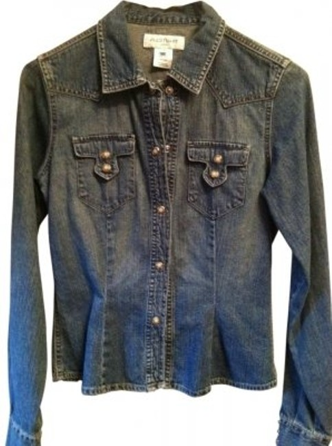 Preload https://img-static.tradesy.com/item/8194/jill-stuart-blue-cool-jean-shirt-with-awesome-detail-button-down-top-size-0-xs-0-0-650-650.jpg