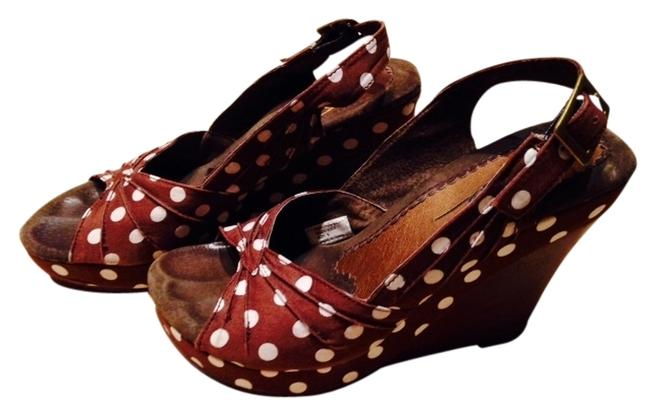 Item - Brown with White Polka Dots Wedges Size US 6 Regular (M, B)