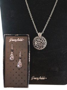 Grace Adele NWT Tendril Necklace & Earring Set