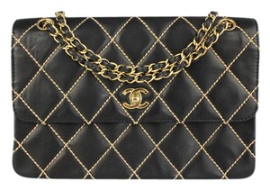 Chanel Leather Quilted Contrast Stitching Shoulder Bag