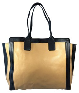 Chlo Chloe Chloe Beige Black Tote in Tan/Black