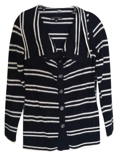 Preload https://img-static.tradesy.com/item/8206561/banana-republic-striped-cardigan-navyivory-sweater-0-3-650-650.jpg
