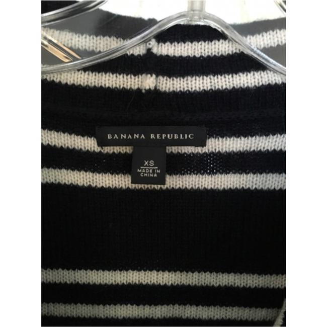 Banana Republic Sweater Image 2