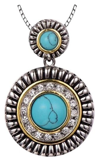 Preload https://img-static.tradesy.com/item/8206654/turquoise-925-silver-necklace-0-6-540-540.jpg