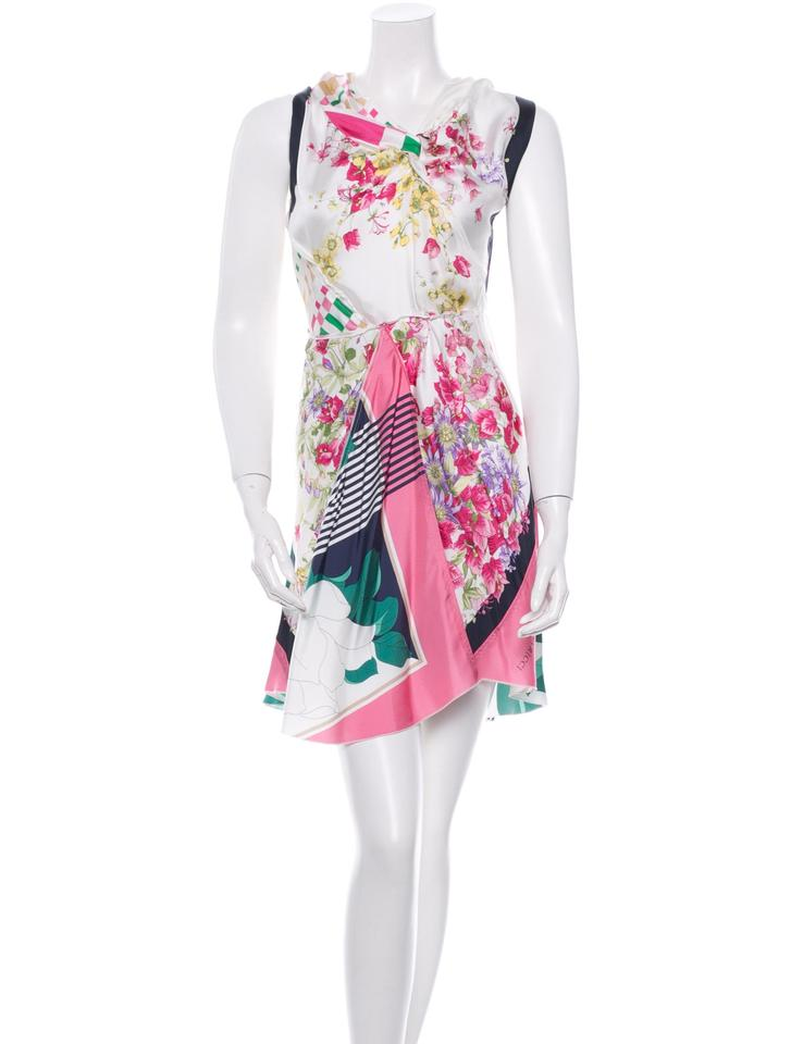fd6068c6faa5ff Nina Ricci Pink and Whitw N Above Knee Short Casual Dress Size 4 (S ...