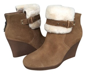 UGG Australia Wedge Designer New Chestnut Suede / Sheepskin Boots