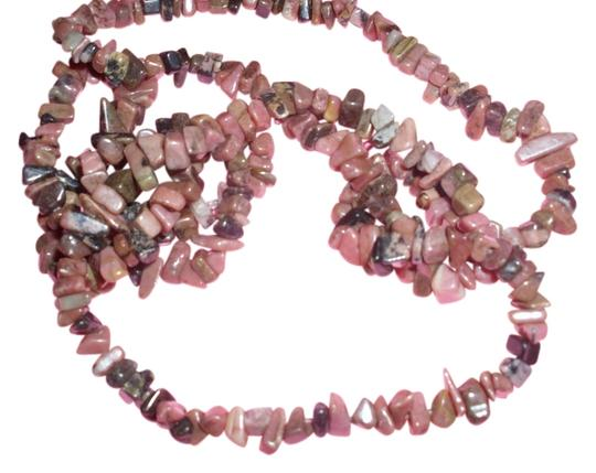 Other Pink Rhondonite gemstone chunk chip necklace 70s flower child hippy chick fashion trend bohemian spring 2015