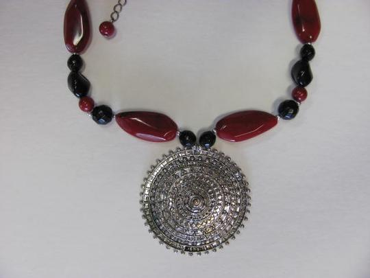 OTHER AZTEC LOOK PENDANT NECKLACE