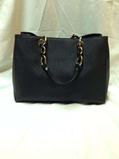 Michael Kors Satchel in Black