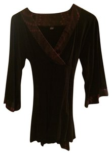 INC International Concepts Snakeskin Top Black