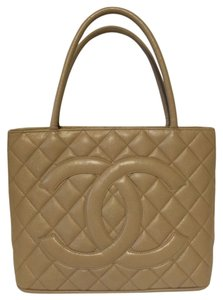 fc77f6199d51d0 Chanel Quiltted Beige Pebbled Caviar Leather Medallion Tote in Tan