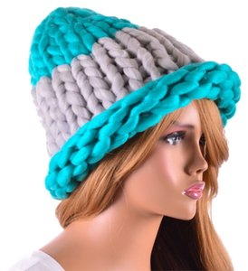 HELSINKI Finland Style Lovely and Warm Chic Chunky Big Yarn Knitted Turquoise Gray Beanie Winter Cap Hat