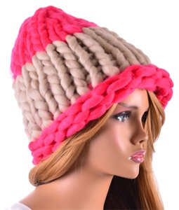 Finland Style Lovely and Warm Chic Chunky Big Yarn Knitted Pink and Beige Beanie Winter Cap Hat