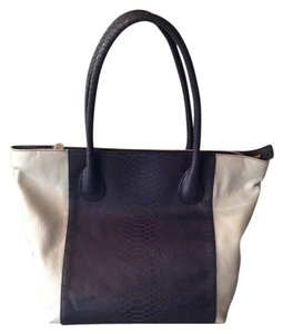 wren Leather Embossed Tote in Black/gray