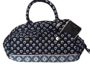 9bff5d36fe Vera Bradley Bags - Up to 90% off at Tradesy