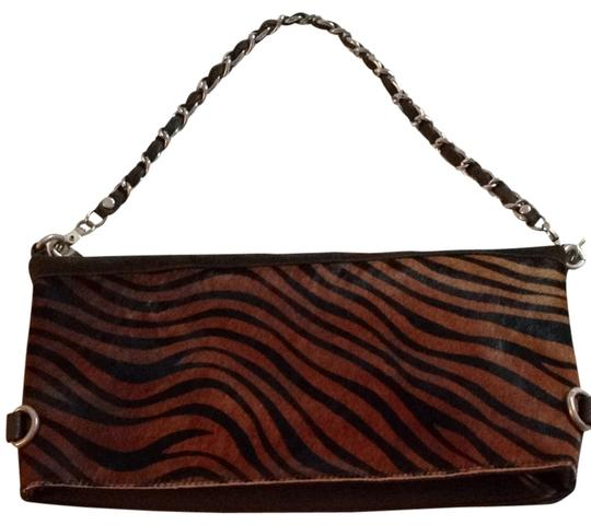 Preload https://img-static.tradesy.com/item/823880/dark-brown-zebra-print-silver-chain-shoulder-bag-0-0-540-540.jpg