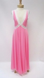 Vintage Claire Sandra By Lucie Ann Beverly Hills Pink Lace Night Gown