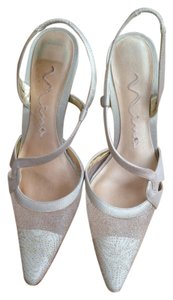 Nina Shoes Gold Pumps