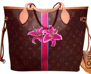 Louis Vuitton Tote in Monogram And Pink