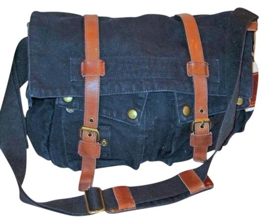 James Campbell Washed Canvas Unisex Black Messenger Bag