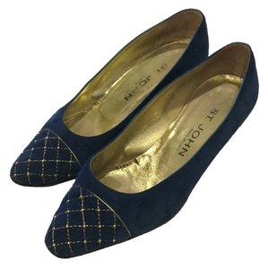 St. John Quilted Cap Toe Blue with gold accents Pumps