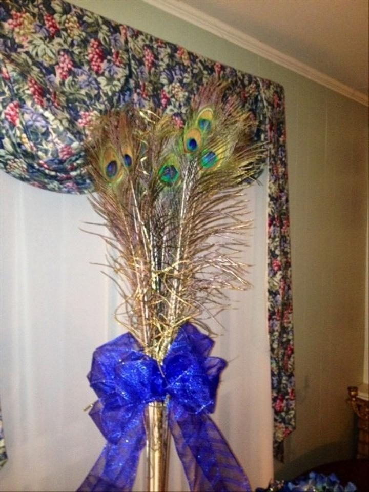 Peacock feather centerpieces tradesy weddings