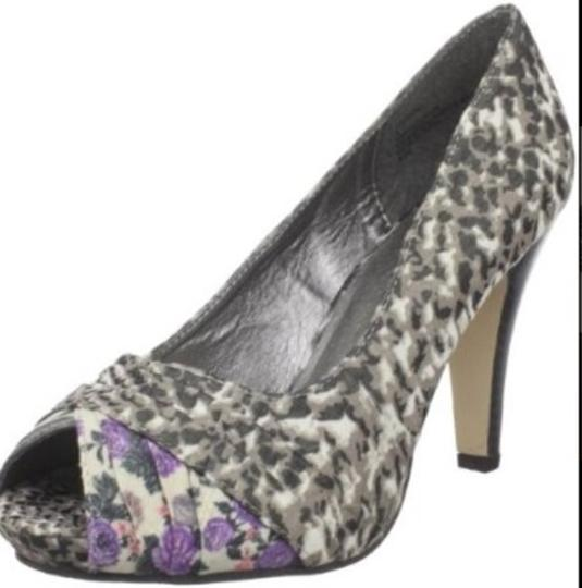 Madden Girl Animal Print Spring Gray Purple Pink with some brown Pumps