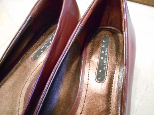 Laundry by Shelli Segal Vero Cuoio Dish Brown 6.5 M Medium Six Bow Pump Open Toe Open Toe Half Inch Heel Dressy Offic Office Professional Red burgundy Flats