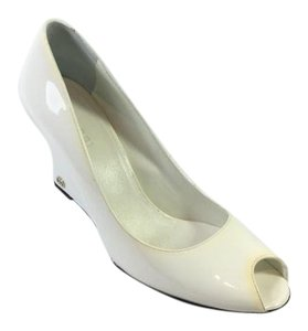 Gucci Patent Leather Heels Peep Toe White Wedges
