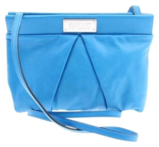Preload https://item5.tradesy.com/images/marc-by-marc-jacobs-m0003003a-crossbody-blueglow-purple-leather-shoulder-bag-8250649-0-3.jpg?width=440&height=440