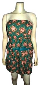 Only Mine short dress GREEN P119 Size Large on Tradesy