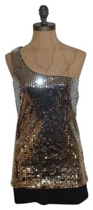 Guess Sequin One One Top