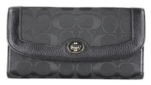 Coach * Coach Park Signature Checkbook Wallet F49145