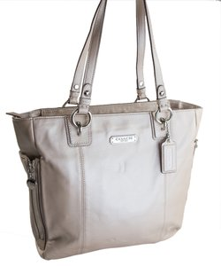Coach Leather New With Tags Silver Hardware Tote in Putty