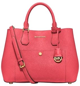 Michael Kors Greenwich Large Watermelon Saffiano Leather Tote in WATERMELON/LUGGAGE