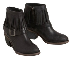 Farylrobin Fringe Leather Black Boots