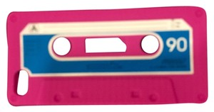Ennotek iPhone 5/5s Soft Case- Pink Cassette Style