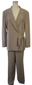 Le Suit Le Suit Taupe/White Striped 2 Piece Jacket/Pant Set Size 18