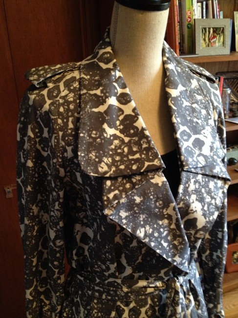 Cynthia Steffe Buy One Item In My Closet Get 30% Off A Second Item. Gray And White Jacket