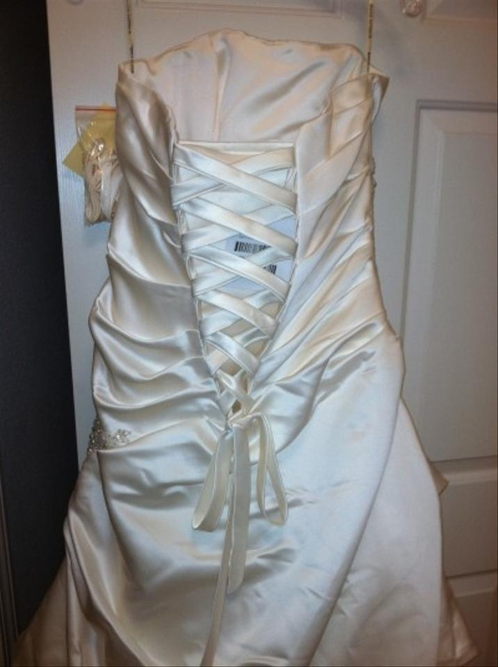 Maggie Sottero Ivory Carrie Wedding Dress Size Other - Tradesy