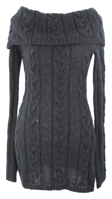 Preload https://img-static.tradesy.com/item/8264626/jj-basics-cable-knit-tunic-m-black-shimmer-sweater-0-2-650-650.jpg