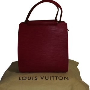 Louis Vuitton Satchel in Rouge